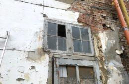 Blick in die Zukunft; Denkmalgerechte Restaurierung seltener Kastenfenster in Greifswald!